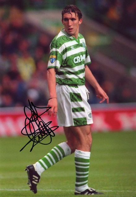 Alan Stubbs, Glasgow Celtic, signed 12x8 inch photo.